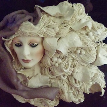Art Nouveau lady sculpture  - Visual Art