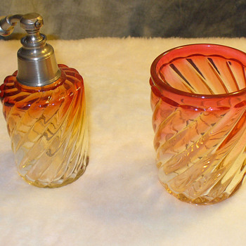 Baccarat Rose Tiente atomizer perfume and tumbler.