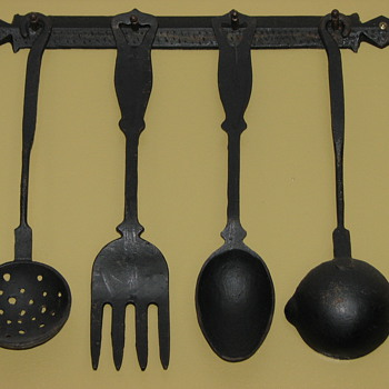 Cast Iron Rack - Kitchen
