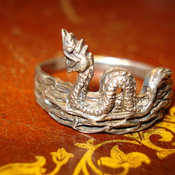 SNAKE RING - Fine Jewelry