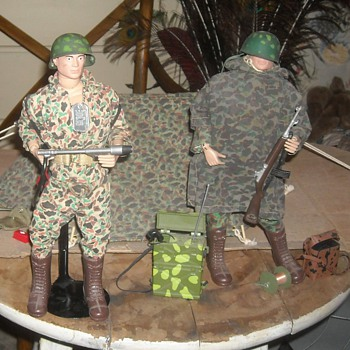 GI Joe Marine Beachead Assult Set #7711 From 1964