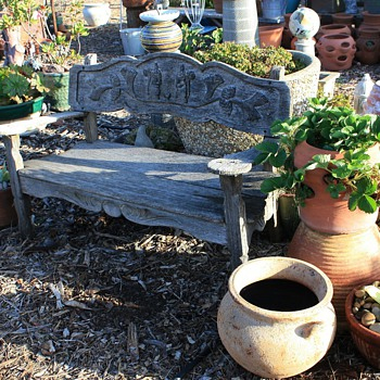 Very old and elaborate garden bench and chairs - Furniture