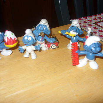 1965 to 1978 smurfs - Toys