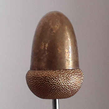 1920s/30s  double hat pin