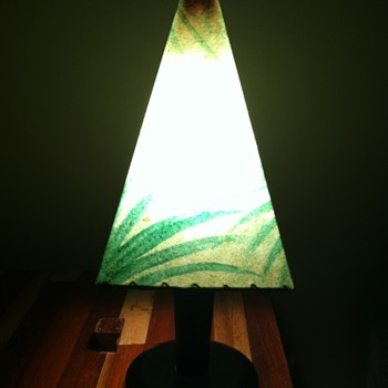 Early Art Donovan Table Lamp?