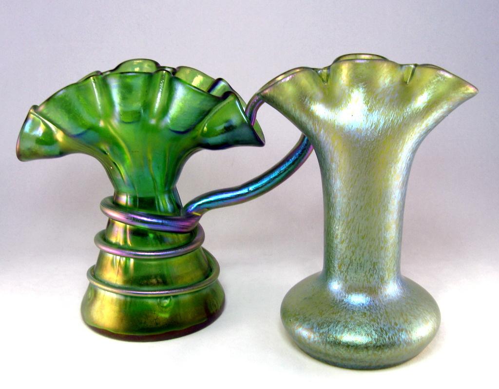 loetz arcadia tulpenvase tulip vase collectors weekly. Black Bedroom Furniture Sets. Home Design Ideas