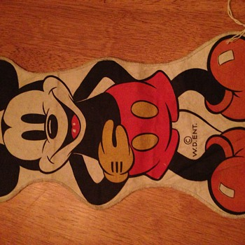 Have you seen this Mickey Mouse? - Toys