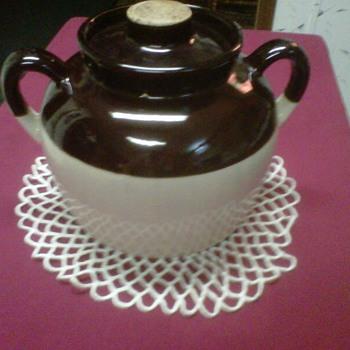 ~~Older BeanPot...The Original CrockPot~~ - Art Pottery