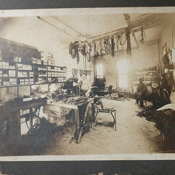 Old leather shop (shoes/tack) - Photographs