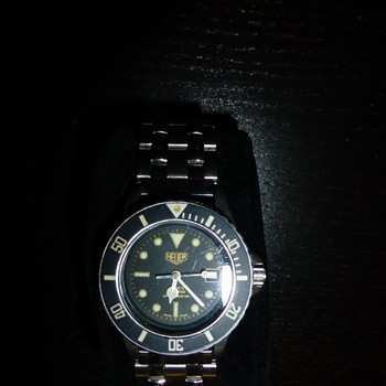 Vintage Heuer Unisex Divers Watch - Wristwatches