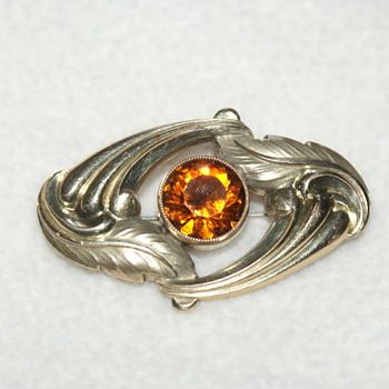 Vintage Costume Brooch with Glass Stone - Costume Jewelry
