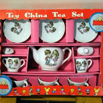 Kids tea set, made in Japan