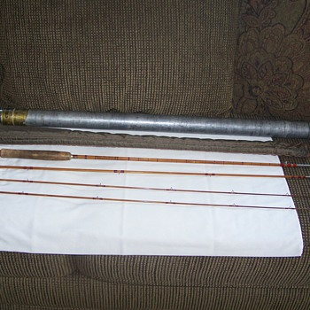 Vintage South Bend ''CROSS DOUBLE BUILT'' Split Bamboo Fly Rod 9' - (3/2) - Fishing