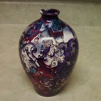 PURPLE PASLEY ART VASE