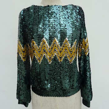 Vintage Gina Bacconi sequins blouse need help with dating - Womens Clothing