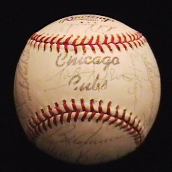 1979 Team Autographed Chicago Cubs Baseball