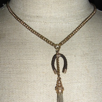 Victorian or Edwardian tassel necklace w/hair horseshoe charm - Fine Jewelry