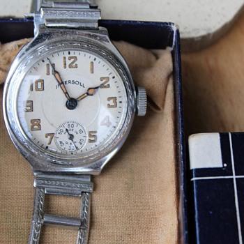 """Ingersoll """"Mite"""" Wristwatch....Circa 1928-29"""