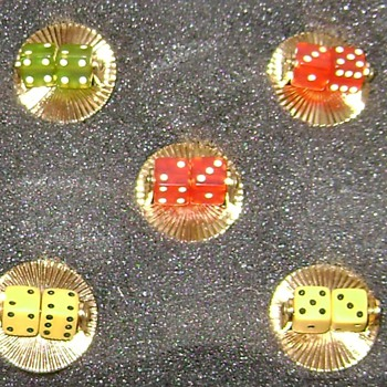 Vintage Buttons - Sewing