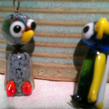Cute, but have no idea what they are? - Art Glass