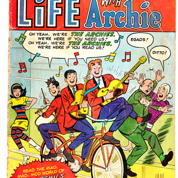 Archie comics. Nice. - Comic Books