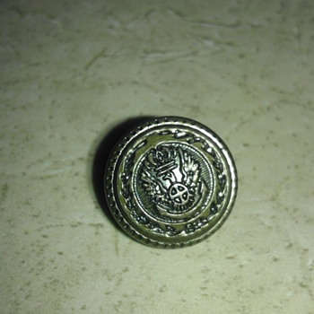 Old Brass Button - Sewing