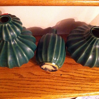 Ribbed green pottery