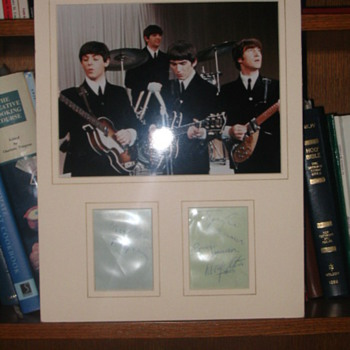 Signed photo of The Beatles. Also aythonticated prints