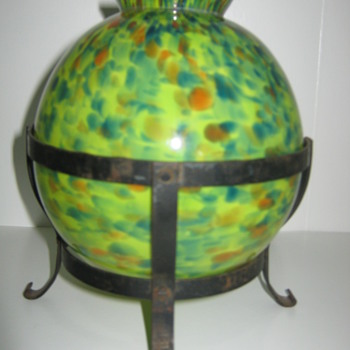 Czechoslovakia Ball vase with metal base/stand Ruckl - Art Glass