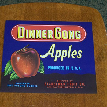 (NOS) New Old Stock - Dinner Gong Apples Fruit Crate Label - Advertising