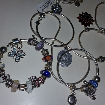 Antique Religious medallion  - Fine Jewelry