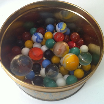 Vintage Tin of Marbles - Games