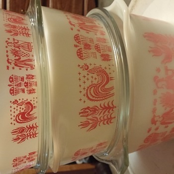 3 piece pink rooster pyrex set
