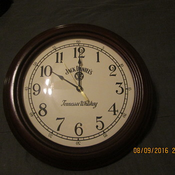 Jack Daniels Wood clock