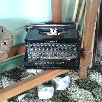 My old tipe writer. - Office