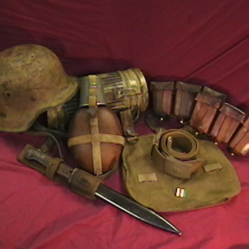 WW II German Tropical Web Equipment - Military and Wartime