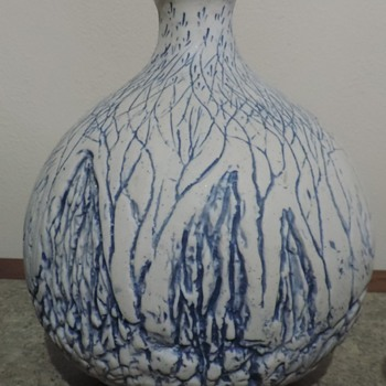 Art pottery vase Can you see the forest through the trees?
