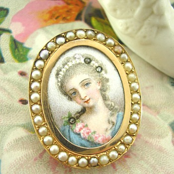 19th Century French Enamel Miniature Brooch
