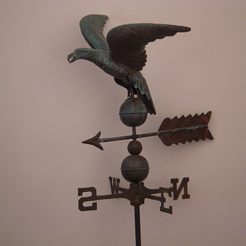 1898 Copper Weathervane Eagle with original roof mount and NO Bullet Holes. - Folk Art