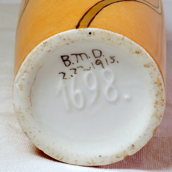 MYSTERY Vase??? Dated 2/22/1915 Raised mark 1698. 