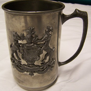 norsk tinn pewter mug with emblem unknown