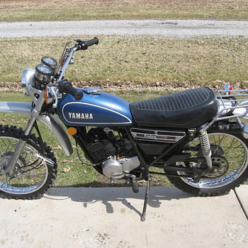 1974 Yamaha DT175 enduro - Motorcycles