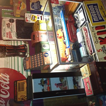 Collections of Toys, Tins, Signs, & More - Advertising