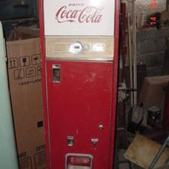 Vintage Coke Machine - Coca-Cola