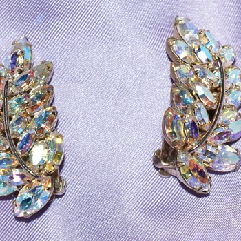 Sherman Vintage Clip-On Earrings - Costume Jewelry