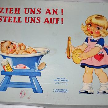 LUNGERS HAUSEN VINTAGE GERMAN PAPER DOLLS - Paper