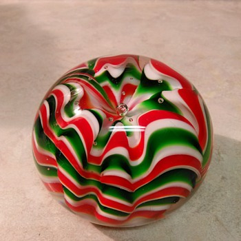 CHRISTMAS PAPERWEIGHT
