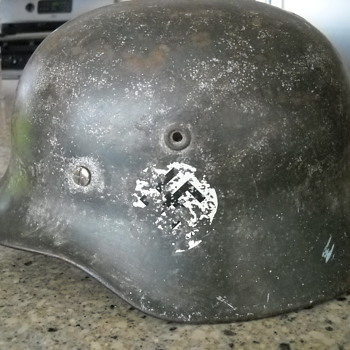 ww2 german helmet - Military and Wartime