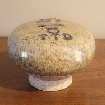 Stoneware mushroom bank - Art Pottery