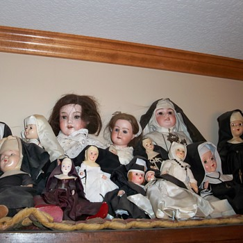 Nun collection - Dolls